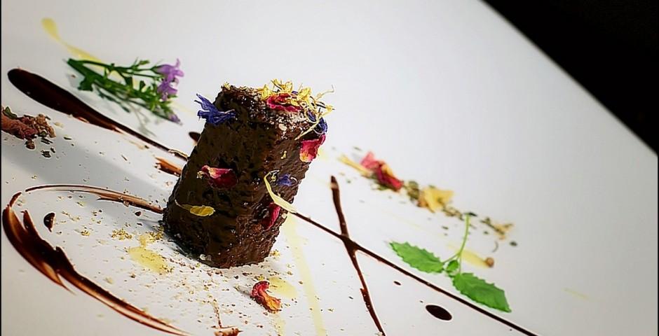 Chef Gianfranco Chiarini  <br> Italian-Polish Fusion. Boskie Mleczko <br> Cioccolato al Amaretto ganace <br> & Orange-Vanilla Bechamel <br>